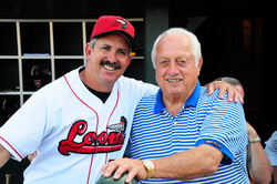 LASORDA AND JUAN BUSTABAD.JPG